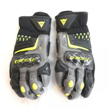 Dainese(ダイネーゼ) CARBON 3 SHORT GLOVES black/charcoal-gray/fluo-yellow